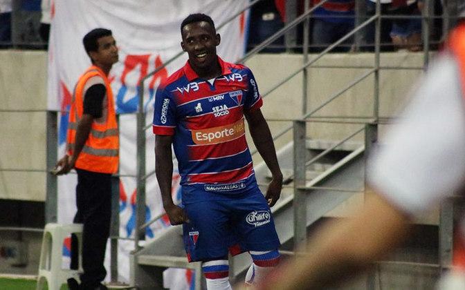 FECHADO: A quarta-feira é de novidade para o torcedor do Fortaleza. Em alta dentro do Leão, o atacante Yuri César prorrogou o seu vínculo com o time do Pici até fevereiro de 2021, quando encerra o Campeonato Brasileiro.