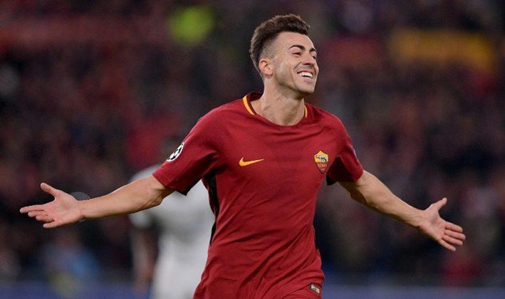 FECHADO - A Roma anunciou o retorno do ponta El Shaarawy ao clube após duas temporadas longe do clube da capital, onde atuou entre 2016 e 2019.
