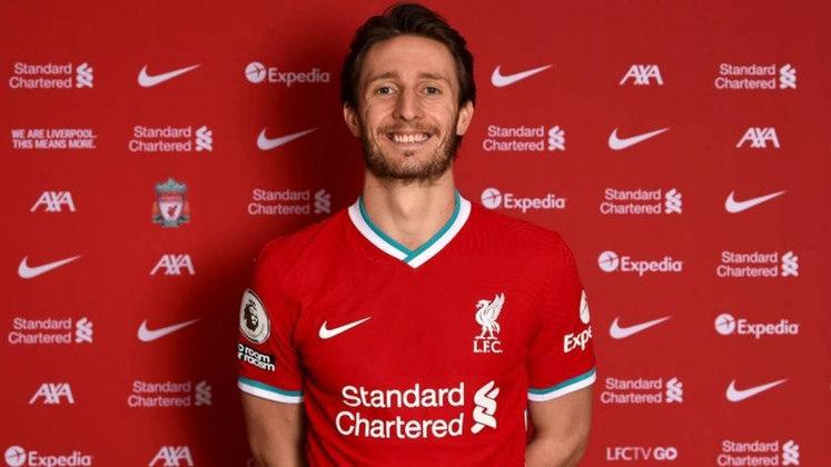 FECHADO - Além de Kabak, o Liverpool também anunciou a contratação de Ben Davies, zagueiro do Preston, da segunda divisão inglesa. A contratação é vista como uma surpresa, mas é uma tentativa de reforçar um setor que está carente neste momento.