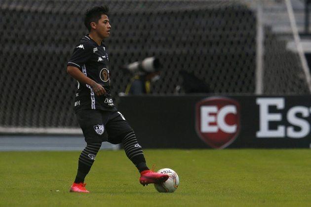 FECHADO - Alexander Lecaros voltou a ser jogador do Botafogo. O contrato de empréstimo com o Avaí acabou e, como o time catarinense não mostrou interesse em renovar o vínculo, o peruano voltou a ter uma conexão contratual ativa com o Alvinegro. O registro do atacante com o Glorioso, inclusive, já foi reativado no BID (Boletim Informativo Diário) da CBF.
