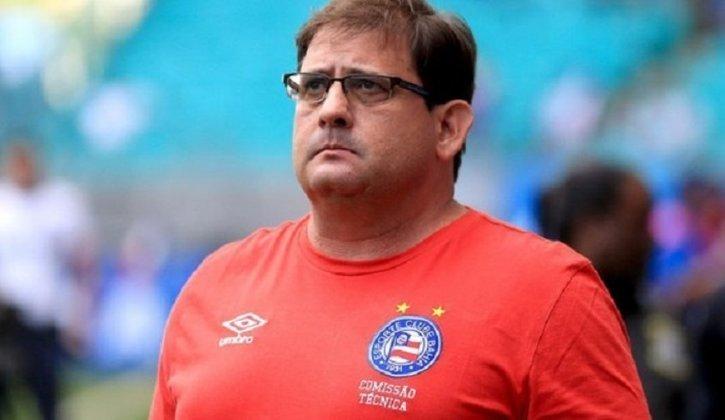 FECHADO - Após demitir o técnico Diego Dabove, o Bahia não perdeu tempo e acertou o retorno de Guto Ferreira, que estava desempregado. O último trabalho de 'Gordiola' foi o Ceará, onde teve êxito e colocou o time na tão sonhada Copa Sul-Americana.