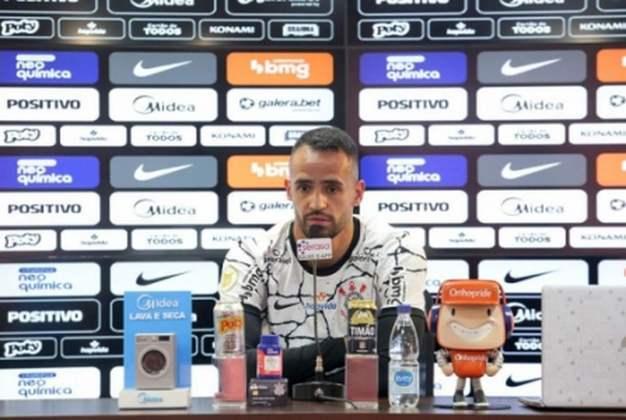 FECHADO - Após mais de duas semanas de espera, o Corinthians finalmente apresentou Renato Augusto como reforço para a temporada. Depois de regularizar sua situação em termos burocráticos, o meia está pronto para a estreia neste domingo para ajudar o clube a terminar bem o Brasileirão e já projetou a briga por títulos em 2022, um dos motivos pelos quais ele voltou ao Alvinegro.