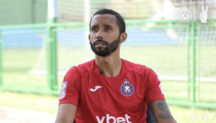 FECHADO - Após passagem pelo futebol árabe, o zagueiro Bruno Nascimento, que atuou no futebol português e alemão, assinou com o Pyunik, da Armênia. Feliz com a nova oportunidade, o jogador falou sobre o desejo de fazer uma temporada perfeita no clube.