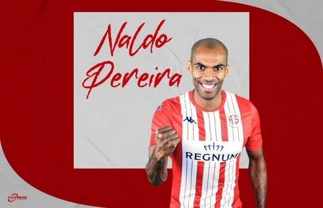 FECHADO - Após se despedir do Espanyol, clube no qual defendeu as cores por três temporadas no futebol da Espanha, o zagueiro brasileiro Naldo foi anunciado como novo reforço do Antalyaspor, da Turquia.
