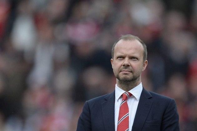 FECHADO - Após uma série de protestos por parte de torcedores e jogadores contra a Superliga Europeia, os times ingleses recuaram, e começaram a deixar a competição. A questão do Manchester United foi até o CEO e vice-presidente executivo, Ed Woodward, que renunciou ao cargo após pressão.