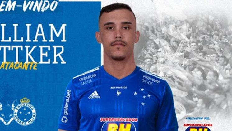 FECHADO - Atendendo a um pedido do técnico Luiz Felipe Scolari, a diretoria do Cruzeiro acertou, na tarde deste domingo, 1º de novembro, a contratação de William Pottker, que assinou com a Raposa por quatro anos. O atacante estava no Internacional, onde marcou 26 gols em 108 jogos e se destacou na campanha da equipe gaúcha na Série B de 2017, que culminou com o acesso à Série A de 2018.