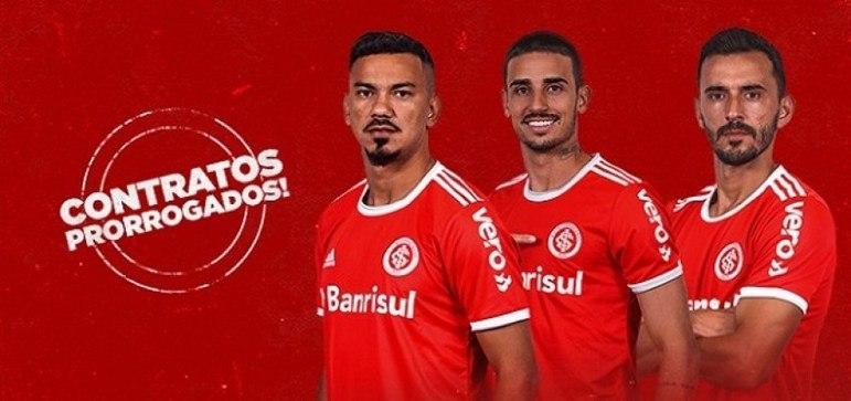 FECHADO - Através de sua rede social, o Internacional informou que três nomes do plantel principal prorrogaram os seus contratos, agora com validade até dezembro de 2021: o lateral-esquerdo Uendel além dos meio-campistas Rodrigo Lindoso e Thiago Galhardo.