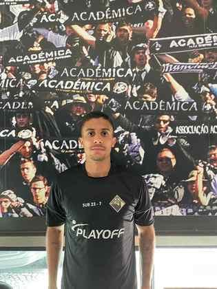 FECHADO - Com passagem pela base do Flamengo, o meia-atacante Rafael Diniz, 23, é o novo reforço do Acadêmica de Coimbra. O jogador deixou o Ranong United da Tailândia, onde foi destaque na última temporada e vai atuar na segunda divisão portuguesa, onde assinou contrato até meados de 2022.