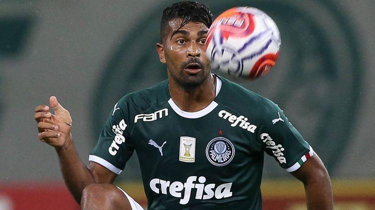 FECHADO - De acordo com as informações publicadas inicialmente pelo portal 'ge', o Grêmio está verbalmente (e em parte burocraticamente) acertado para contratar o meio-campista Thiago Santos que, atualmente, joga no FC Dallas.