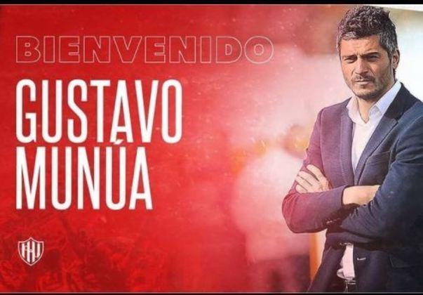 FECHADO - De maneira surpreendente, o Unión Santa Fe anunciou a chegada do seu novo treinador, que é Gustavo Munúa, que estava livre no mercado.