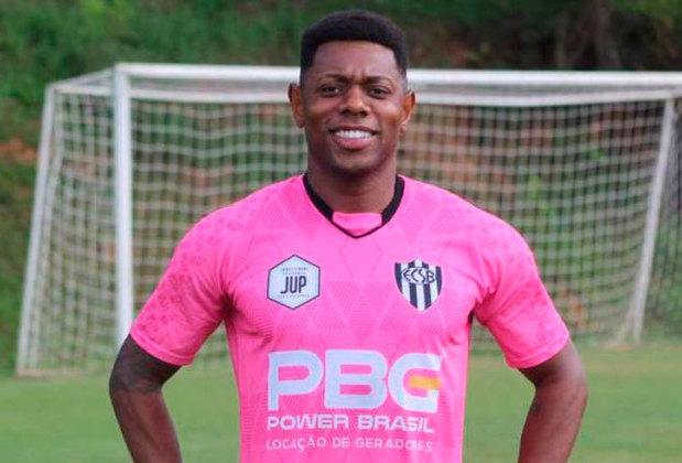 FECHADO - De olho na Série A-2 do Campeonato Paulista, o EC São Bernardo anunciou a contratação do atacante Tatá, de 34 anos, que teve passagens pelo Avaí, Portuguesa e Necaxa (MEX).