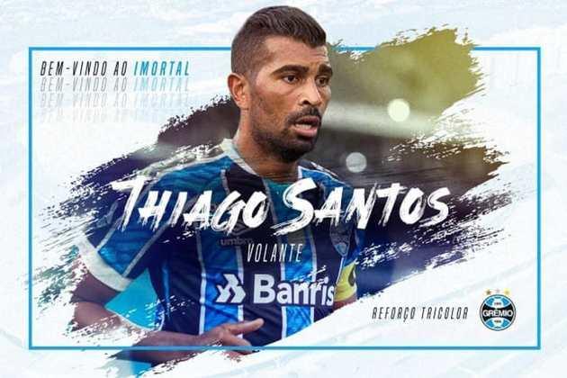 FECHADO - Depois da informação sobre o acerto avançado entre Grêmio e FC Dallas para a chegada do meio-campista Thiago Santos ter se popularizado na manhã dessa quinta-feira (1), o Tricolor anunciou oficialmente a chegada do atleta de 31 anos de idade.
