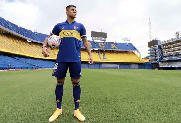 FECHADO - Depois de semanas negociando a sua rescisão de contrato junto ao Manchester United, o zagueiro Marcos Rojo firmou contrato de três temporadas com o Boca Juniors.