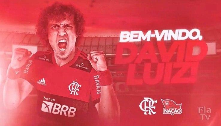 FECHADO - É oficial: David Luiz é o novo reforço do Flamengo para a temporada. Neste sábado, o Rubro-Negro anunciou a contratação do zagueiro, que firma contrato até o fim de 2022. Na última sexta-feira, os representantes do jogador e os dirigentes do clube se reuniram e falava apenas a assinatura do contrato para o anúncio do reforço.