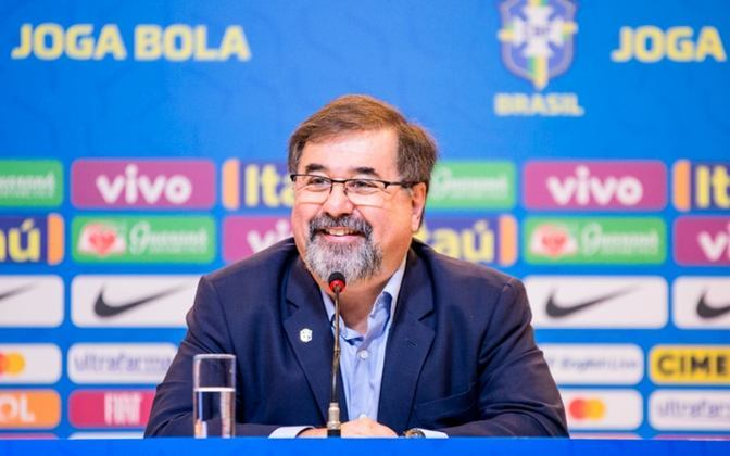 FECHADO - Em situação delicada na briga pelo acesso, o Avaí começou algumas mudanças internas e anunciou na última quinta-feira Marco Aurélio Cunha, que será o novo executivo de futebol do Leão.
