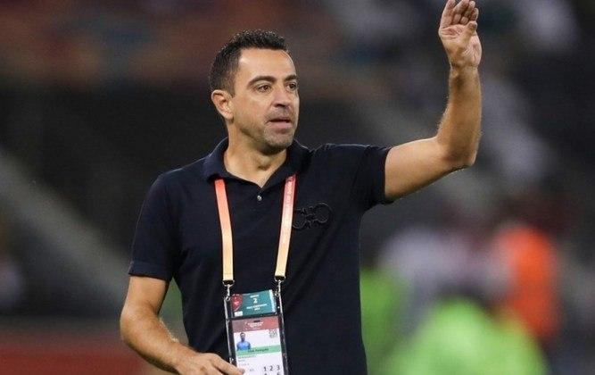 FECHADO - Especulado que fosse deixar o Al-Sadd ao final da temporada, Xavi renovou o seu contrato com o clube por mais dois anos.