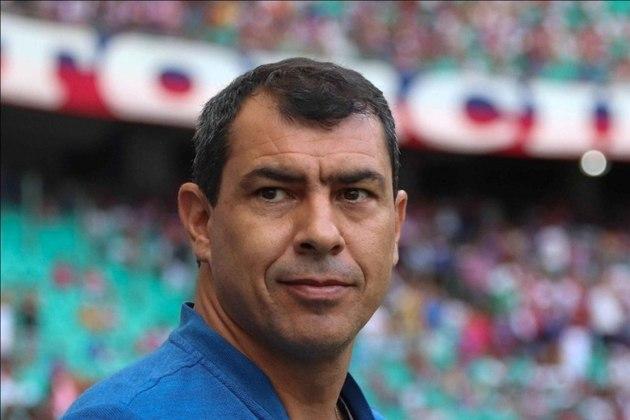 FECHADO - Fábio Carille renovou o seu contrato com o Al Ittihad até 2022 e segue comandando o clube do futebol árabe.