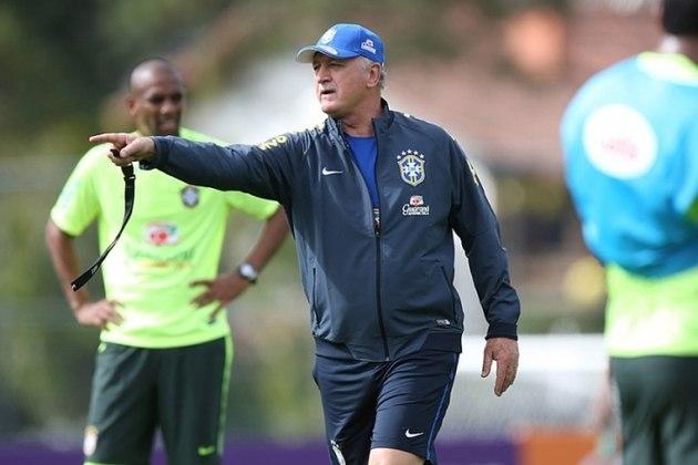 FECHADO - Felipão acertou com o Cruzeiro para ser o novo treinador do clube mineiro até dezembro de 2022.
