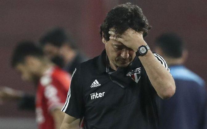 FECHADO - Fernando Diniz não é mais o técnico do São Paulo. Na tarde de segunda-feira, a diretoria do Tricolor se reuniu e decidiu não dar continuidade ao trabalho de Diniz, que não conseguiu uma vitória em 2021.