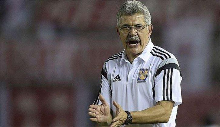 FECHADO - Fim de uma era. Após 11 anos, Ricardo Ferretti não será mais o treinador do Tigres. De acordo com a mídia mexicana, a diretoria se reuniu com o elenco e informou que o contrato do comandante não será renovado em junho.