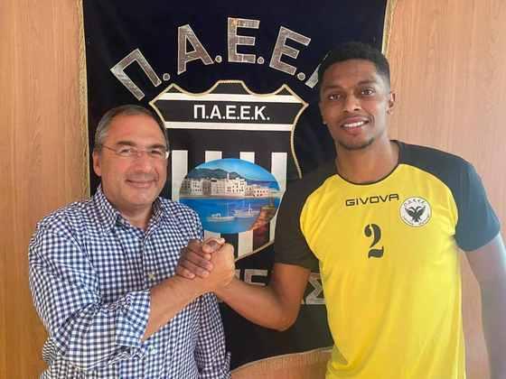 FECHADO - Formado nas categorias de base do Goiás, o zagueiro Felipe Macedo assinou contrato de uma temporada com o Paeek. Na última temporada, o defensor atuou pelo Covilhã, na Segunda Liga Portuguesa.