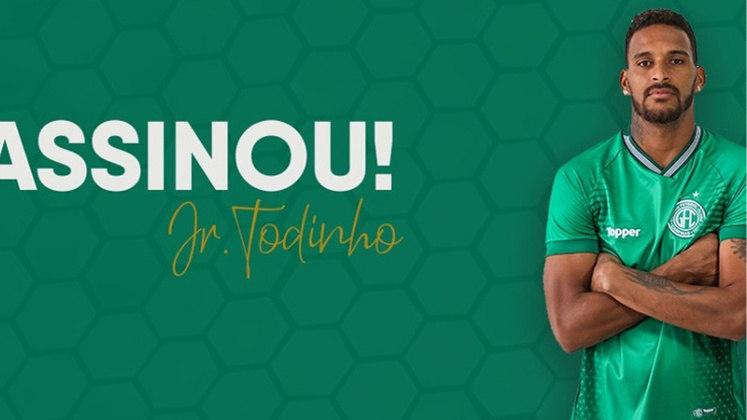 FECHADO - Júnior Todinho assinou com o Guarani para ser o atleta que ocupará a vaga deixada por Davó no elenco. Davó teve seu retorno solicitado pelo Corinthians, que deverá emprestado ao Philadelphia Union. Todinho estava livre no mercado desde que deixou o Juventude, em abril de 2021.