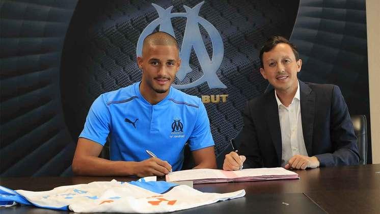 FECHADO - Na tarde desta quinta-feira, o Olympique anunciou a contratação por empréstimo do zagueiro William Saliba. Depois de passar nos exames médicos, o jogador de apenas 20 anos assinou com o clube francês para a temporada 2021/22.