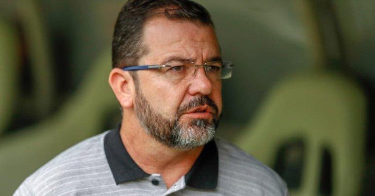 FECHADO - No mesmo dia que anunciou a saída do técnico Marcelo Chamusca, o Fortaleza chegou a um acordo para anunciar o seu novo comandante que esteve, há menos de um ano, trabalhando na capital cearense: Enderson Moreira.