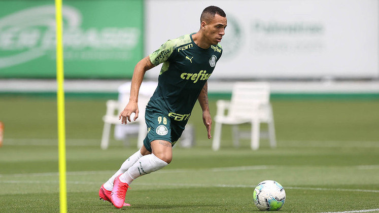 FECHADO - O atacante Breno Lopes concedeu, nesta segunda-feira (16), a sua primeira entrevista coletiva como jogador do Palmeiras. O atleta, que assinou com o Verdão até 2024, afirmou entender o momento atual da equipe, que conta com diversos desfalques, como uma oportunidade.