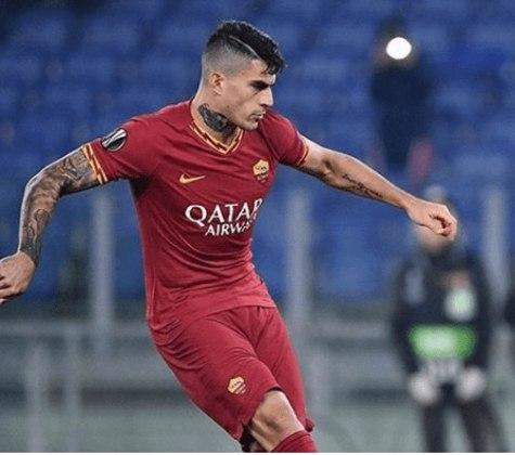 FECHADO - O atacante da Roma, Diego Perotti, foi contratado pelo Fenerbaçhe em definitivo.