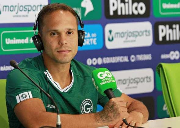 FECHADO - O atacante Douglas Baggio, de 25 anos, está acertado com o Goiás e é o primeiro reforço do time esmeraldino no período da pandemia.