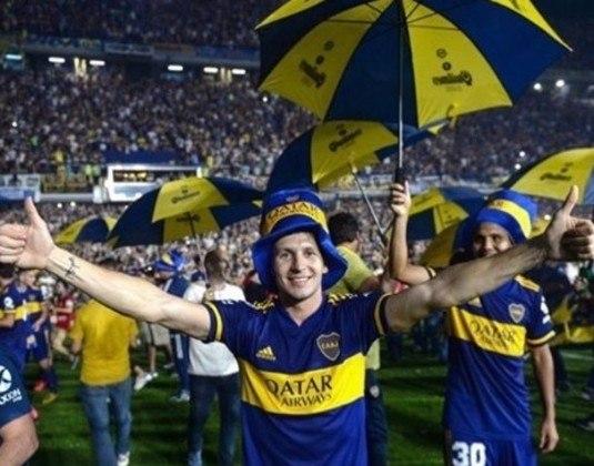 FECHADO – O atacante Franco Soldano acertou sua renovação com o Boca Juniors. Ele estava sendo especulado no Olympiacos, da Grécia.