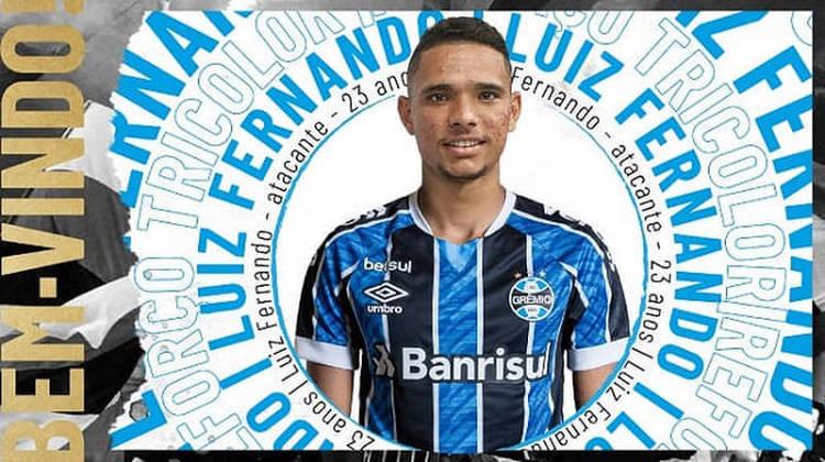 FECHADO - O atacante Luiz Fernando, do Botafogo, foi anunciado pelo Grêmio. Ele chega por empréstimo até dezembro de 2021. Oficialmente, as equipes não se pronunciaram sobre o pagamento de uma taxa de transferência do atleta, mas, para ficar com o jovem de 23 anos, o Tricolor teve de investir o equivalente a R$ 1 milhão.