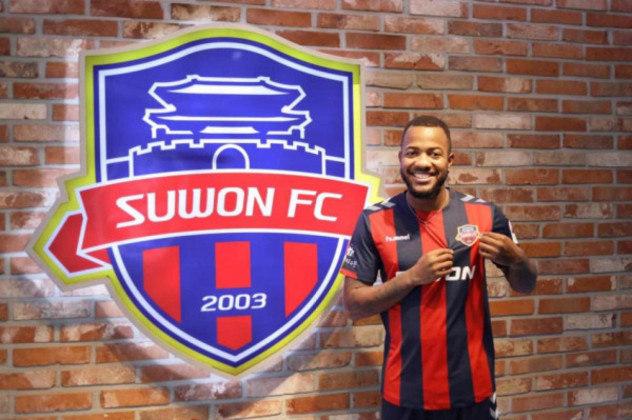 FECHADO - O atacante Victor Andrade está de casa nova para a temporada de 2021. Após defender as cores do Goiás em 2020, o brasileiro acertou sua ida para o Suwon FC, da Coreia do Sul, e irá disputar a primeira divisão sul-coreana neste ano.
