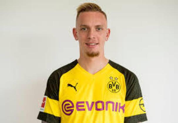 FECHADO - O Borussia Dortmund não contará com Marius Wolf em seu elenco nesta temporada. O atacante de 23 anos foi emprestado pelo clube aurinegro ao Colônia, outro time da Bundesliga.
