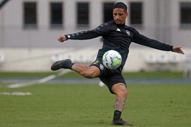 FECHADO - O Botafogo, aos poucos, vai fazendo um