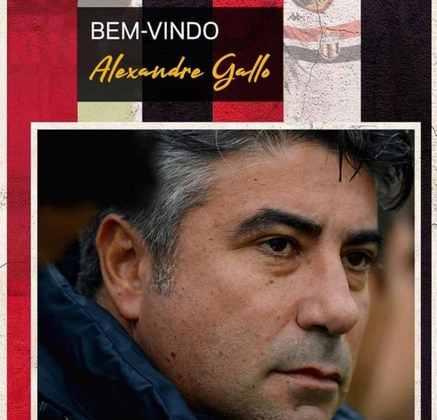 FECHADO - O Botafogo-SP fechou a contratação do técnico Alexandre Gallo para 2021, em busca de voltar a elite do futebol paulista no próximo ano.