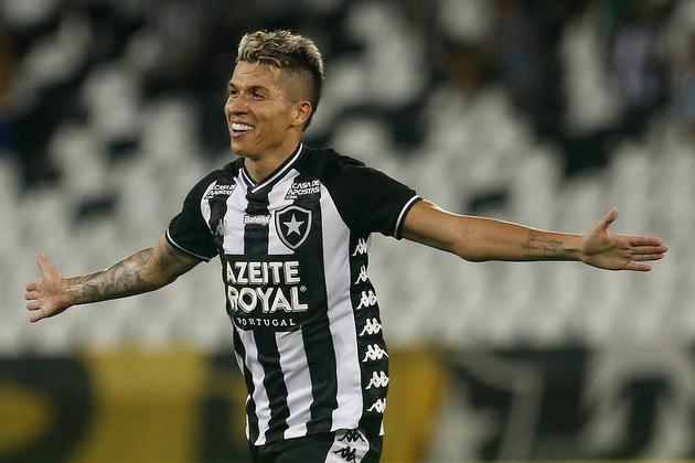 FECHADO - O Botafogo terá, pelo menos, mais seis meses de Bruno Nazário. O meio-campista tem tudo encaminhado para renovar o vínculo de empréstimo com o Alvinegro até junho de 2021, como informado primeiramente pelo