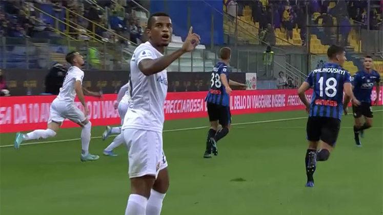FECHADO - O brasileiro Dalbert está de casa nova no futebol europeu. O lateral assinou contrato de empréstimo de um ano com o Rennes e foi apresentado oficialmente pelo clube.