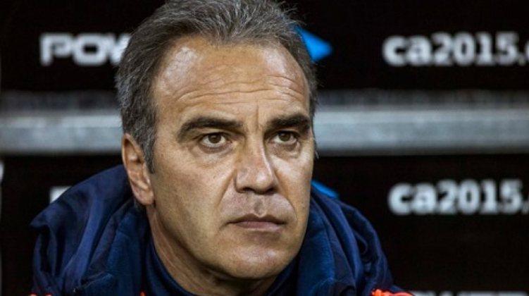 FECHADO - o Chile anunciou que o uruguaio Martín Lasarte será o novo comandante da Roja.