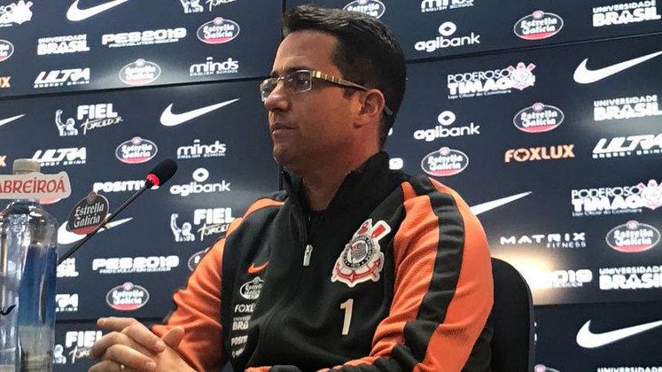 FECHADO - O Corinthians anunciou na manhã desta quarta-feira a saída de Osmar Loss, que ocupava o cargo de coordenador técnico das categorias de base do Timão. Ele havia retornado ao Parque São Jorge em março deste ano, depois de deixar o clube em 2018. Seu destino deve ser o Internacional, onde será auxiliar técnico de Abel Braga, que retornou para o Colorado nesta semana.