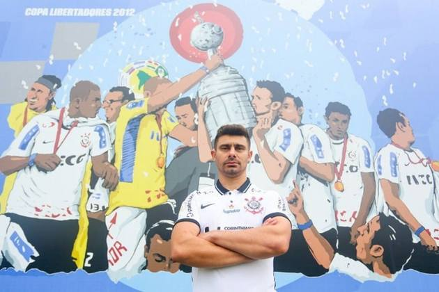 FECHADO - O ex-meia Alex está de volta ao Corinthians. O clube anunciou nesta quinta (14) o retorno do jogador, que encerrou a carreira em 2016, para a coordenação técnica da base e equipe sub-23 do Timão.