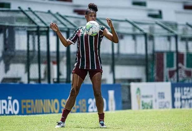 FECHADO - O Fluminense está perdendo a zagueira Tarciane para o Corinthians. A jogadora solicitou a liberação e foi atendida pela diretoria tricolor. O fim do contrato já está no Boletim Informativo Diário (BID) da CBF. Ela sai de graça para o clube paulista e deve se apresentar no final da semana.