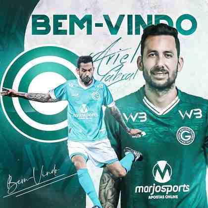 FECHADO - O Goiás confirmou a chegada do volante Ariel Cabral, ex-Cruzeiro, até o fim do Brasileirão.