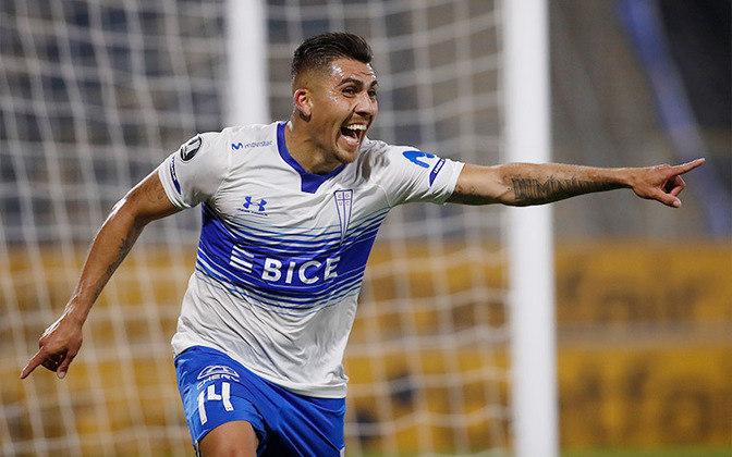FECHADO - O Grêmio acertou a contratação de César Pinares, de 29 anos, meia da Universidad Católica, do Chile. Como Pinares tem contrato até dezembro de 2021, o Imortal pagará um valor em dinheiro ao clube pela liberação do atleta e deve firmar um vínculo de três anos.