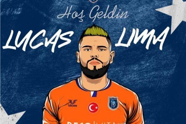 FECHADO - O Istanbul Basaksehir comunicou sobre a chegada do lateral-esquerdo Lucas Lima, nome de 28 anos de idade que estava no Al-Ahli (Arábia Saudita) e assinou com a equipe europeia acordo que vale pelos próximos três anos