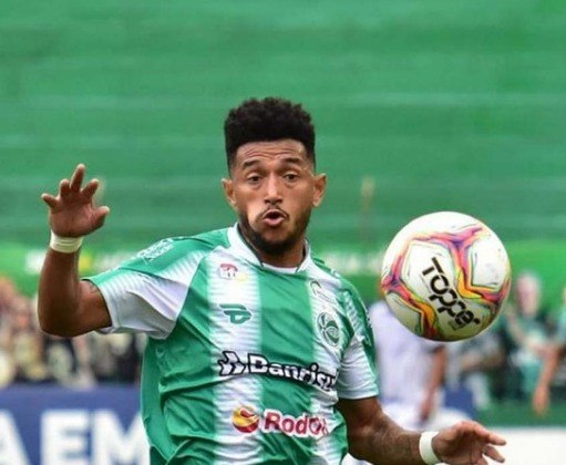 FECHADO - O Juventude começa a projetar o seu elenco para 2021, e nesta terça-feira, o atacante Rogério, anunciou que não acertou a sua continuidade no clube.