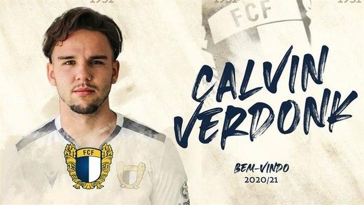 FECHADO: O lateral esquerdo, Calvin Verdonk, holandês de 23 anos, foi anunciado como o mais novo reforço do Famalicão, de Portugal. O jogador assinou um contrato válido por quatro temporadas e se mostrou muito feliz em vestir a camisa do clube que terminou na sexta posição do Campeonato Português na última temporada.