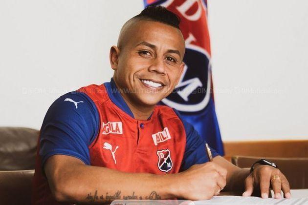 FECHADO - O meia-atacante Vladimir Hernández está de clube novo. O colombiano seguirá no seu país natal e na sequência de 2021 vai defender o Independiente Medellín. A última equipe do jogador de 32 anos foi o Atlético Nacional – também de Medellín.