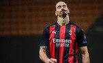 FECHADO - O Milan anunciou, nesta quinta-feira, a renovação de contrato do atacante sueco Zlatan Ibrahimovic, destaque da equipe italiana na atual temporada. O jogador de 39 anos não terá o seu salário reajustado, e a extensão de contrato será até o final da próxima temporada.